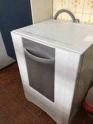 Título do anúncio: Lava louças eletrolux 10 serviços usada