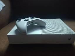 Título do anúncio: Xbox One S ALL Digital 1 TB - LEIA A DESCRIÇÃO - SEM DESCONTO