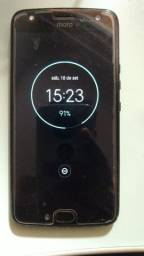 Título do anúncio: Moto X4  32 GB Semi Novo Sem Detalhes