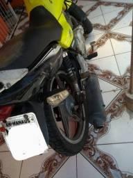 Título do anúncio:  moto Suzuki yes 125