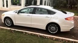 Fusion 2.0 Titanium AWD 4x4 Branco Perola Com Teto 2018 pago 4 pneus novos - 2014