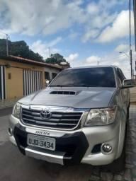Vendo Hilux SRV 14/14 - 2014