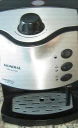 Maquina de cafe expresso Mondial