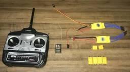 Rádio Controle Turnigy 5x 2.4 ghz com receptor + 2 Esc 3A + 5 conectores XT60