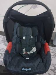 Bebê conforto semi novo zap 61( 9 8548-8199)