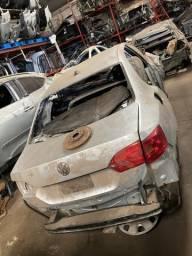 Sucata para retirada de peças- VW Jetta TSI