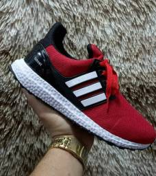 Tênis Adidas Ultraboost ( 38 ao 43 ) -- Ver Anúncio