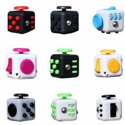 (WhatsApp) cube fidget anti stress
