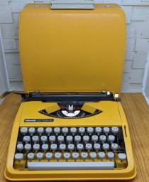 Modelo nacional Maquina de escrever antiga - antiguidade