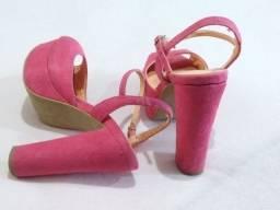 Sandália e sapato fechado (Tam. 34)