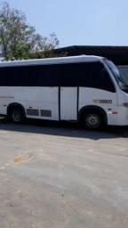 Título do anúncio: Alugo e Faço frete micro ônibus