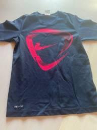 Camiseta Dri Fit Nike tamanho 10