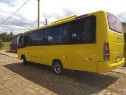 Vendo ou troco micro ônibus ,por ônibus rodoviário motor dianteiro