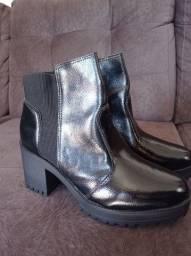 Título do anúncio: Vendo bota