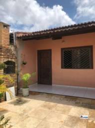 Casa para venda com 2 quartos no Barrocão - Itaitinga