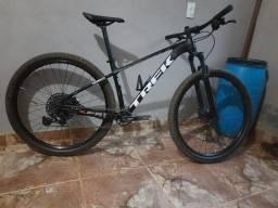 Título do anúncio: Vendo trek Xcaliber 8 2020 Alumínio aro  29, tamanho M , bike com nota fiscal