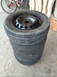 Título do anúncio: Jogo de aro original da Fiat com quantos pneus para rodar