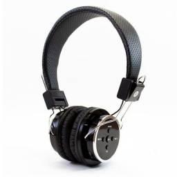 Fone De Ouvido Sem Fio Bluetooth Micro SD FM B05 Headfone<br><br>