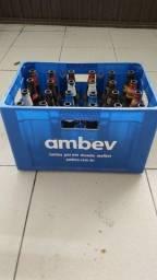 Vende -se Engradado de Cerveja com 24 garafas de 600ml