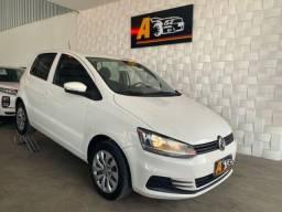 Título do anúncio: Volkswagen Fox Trendline G7 1.0  Ipva 21 Pg 2016/2017