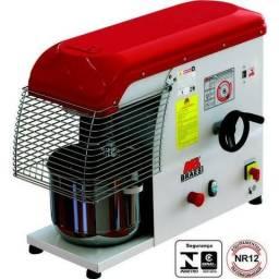 Maquinas e equipamentos para padarias,açougues,lanchonetes,restaurantes,supermercados