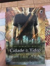 Livro Cidade de vidro/Cidade das cinzas