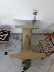 Mesa com Tampo de vidro e Cadeirae