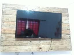 Vendo Tv smart novinha 32 polegadas vai com o painel