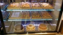 Vitrine e vitrines de Confeitaria, para bolos,e doces. Vitrine quente estufa