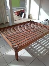 Cama de madeira jatobá
