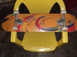 Skate novo nunca usado no plástico