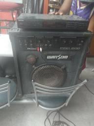 Amplificador, e rádio . 2 caixas pequenas.