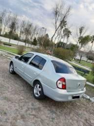Clio Sedan 2009