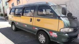 Kia Besta 3.0 2001