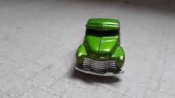 Carrinho Miniatura Hot Wheels Pickup Caminhonete GM La Troca