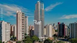 Apartamento 4 suítes localizado em frente à Praça do Sol