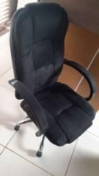 Cadeira bastante confortável escritório