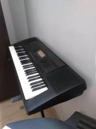 Vendo ou troco teclado psr  620