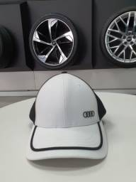 Boné Unissex Audi branco-preto