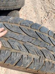 Título do anúncio: pneus 285/70 aro 17