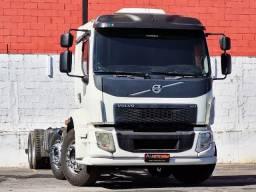Volvo Vm 330 2015 Ishift Cabine leito 8x2 Bitruck C/ ar condicionado No Chassi
