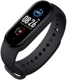 Título do anúncio: SmartWatch M5 - Pulseira Inteligente - o Mais vendido