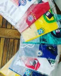 Camisas de clubes Europeus e seleções.