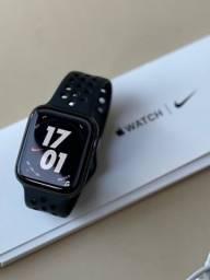 Apple Watch Series 5 44MM Nike GPS - Semi Novo