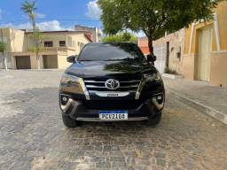 Título do anúncio: Toyota Hilux SW4 SRX 7 Lugares