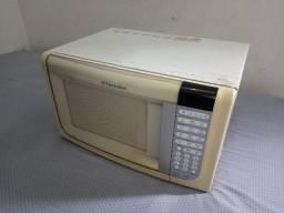 Título do anúncio: Micro-ondas Electrolux MEG 41