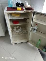 Título do anúncio: Vendo frigobar