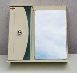Título do anúncio: Armário Superior Para Banheiro Com Porta e Espelho / Laqueado
