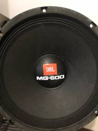 Médio JBL MG 600 10?