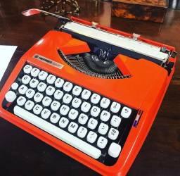Sem dúvidas a melhor Maquina de escrever antiga - antiguidade